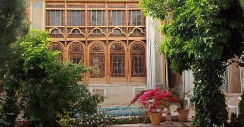 تصویر موزه هنر مشکین فام (خانه فروغ الملک قوامی شیراز) - 0