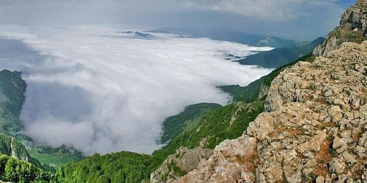 کوه درفک در سیاهکل گیلان
